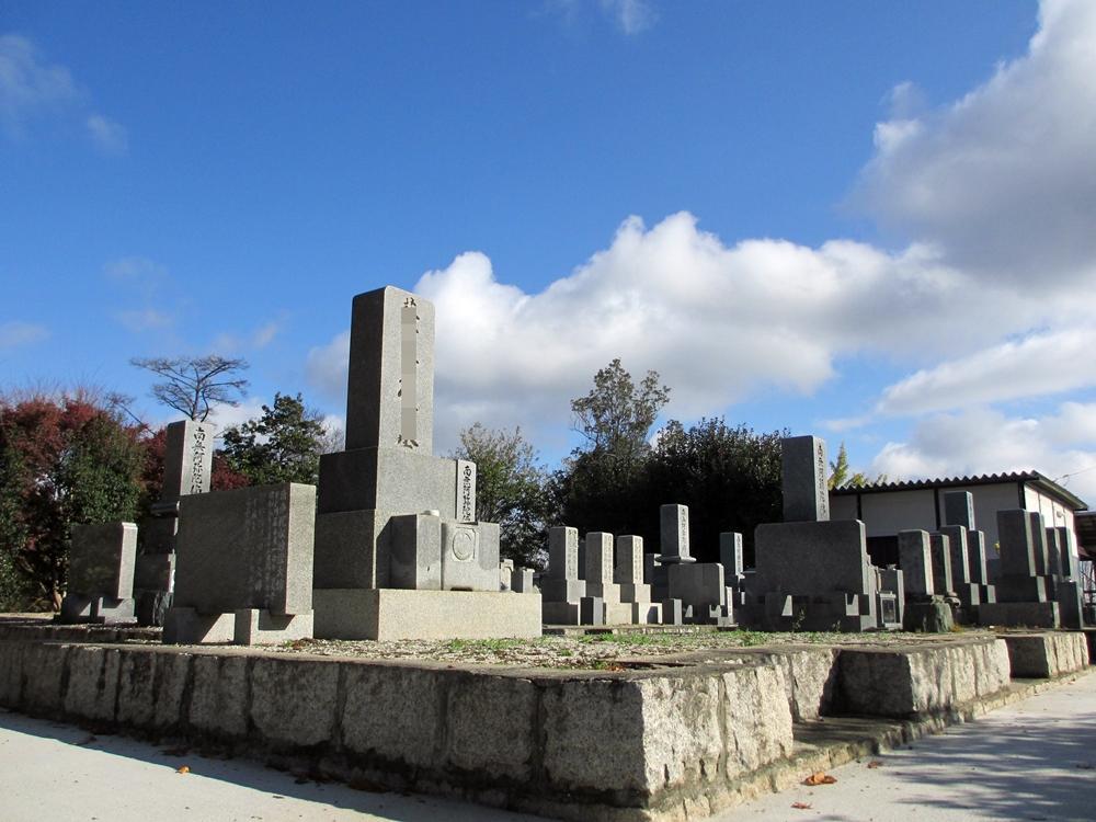 融玄寺墓苑 (7)